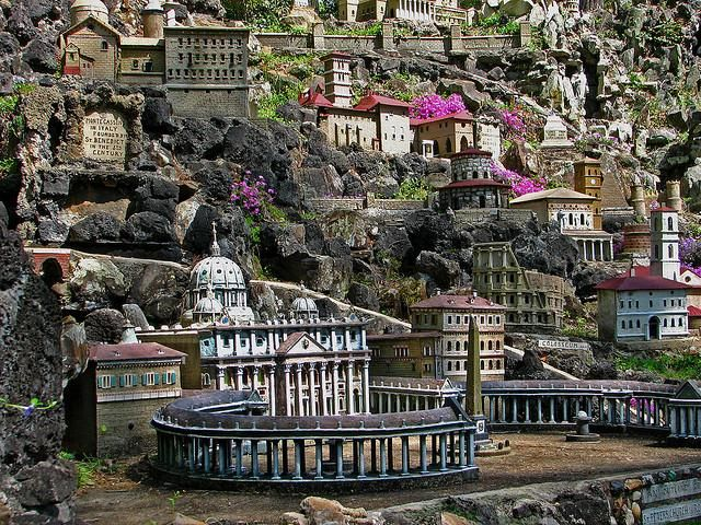 Ave Maria Grotto - Brother Joseph Zoettl -| Oddity Central - Collecting Oddities