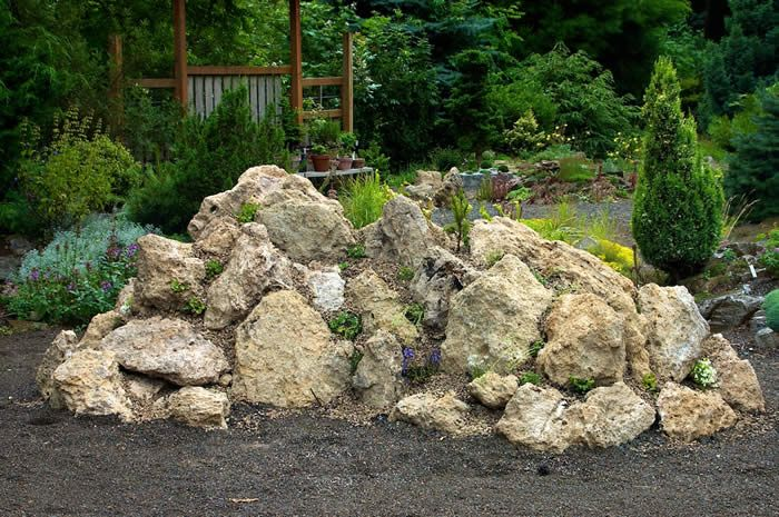 how to build a tufa rock garden garden landscape ideas. Black Bedroom Furniture Sets. Home Design Ideas