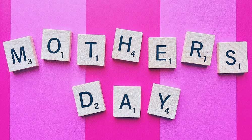 20 mothers day messages for your daughterinlaw mother
