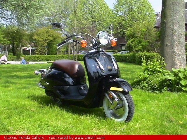 Honda Shadow SRX 50 (Joker) | Stance | Honda motorcycle parts, Honda