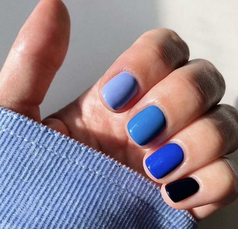 Pin by Karelis Nicole on Nails in 2020 Blue gel nails