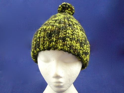 Adults Ribbed Bobble Hat | knitted bobble hat | knitted hat | free