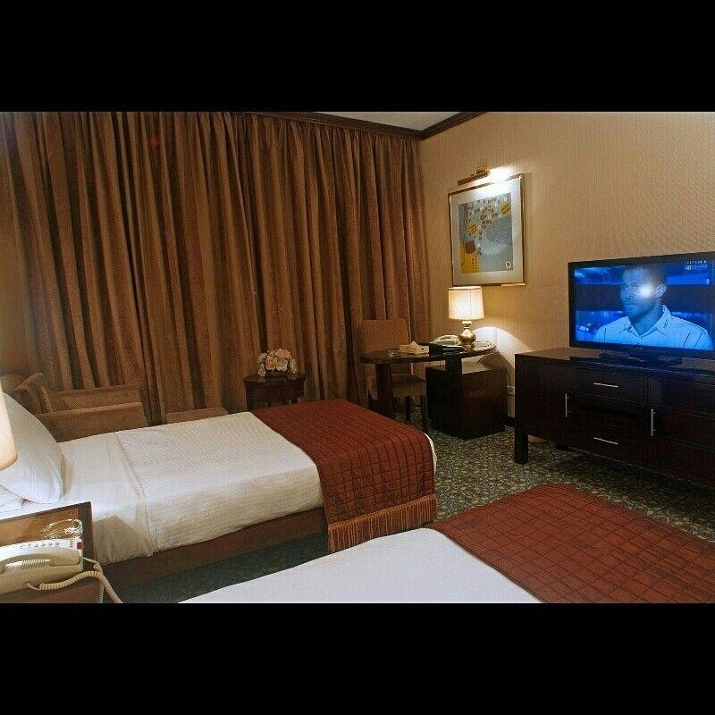 Evening Fun For Our Guests In Alhyatt Jeddah Continental Hotel سهرة ممتعة لضيوف فندق الحياة جدة كونتيننتال Home Home Decor Decor