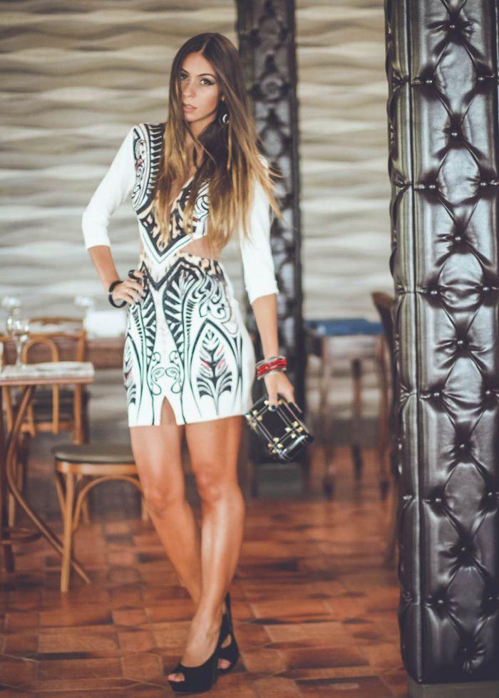 Look vestido curto casual