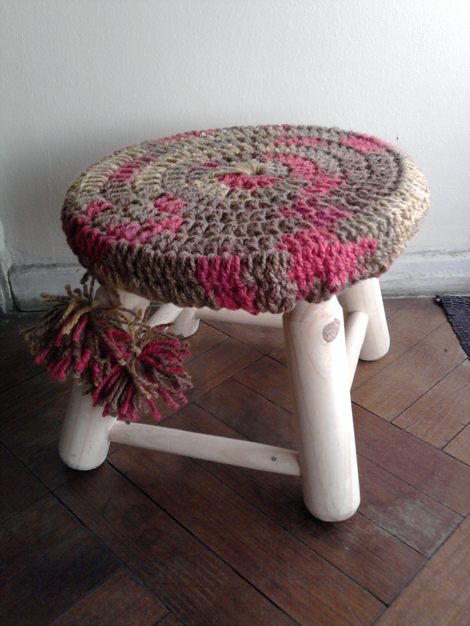 banquito adornado con crochet | Crochet | Pinterest | Adornar ...