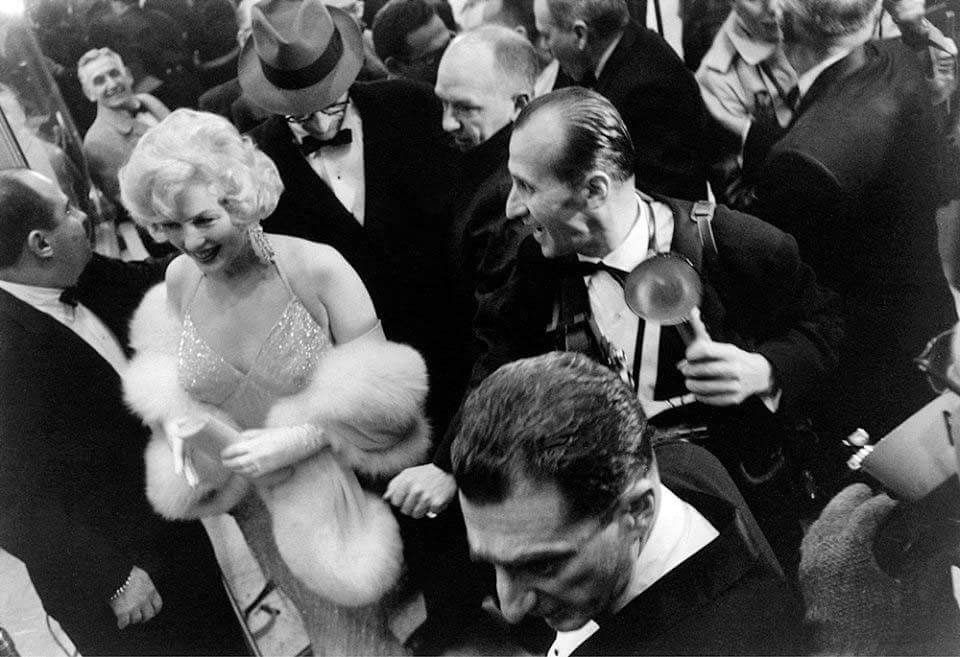 Marilyn With Arthur Miller At The Premiere Of Some Like It Hot March 28 1959