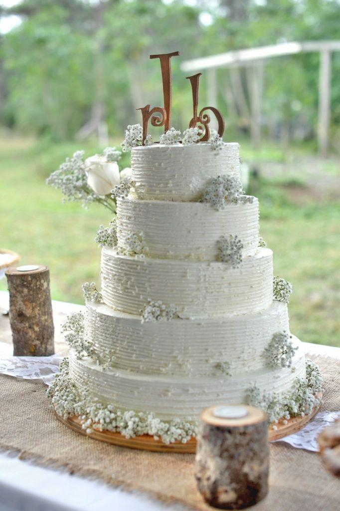 Homestyle, Rustic, Buttercream, Wedding Cake With Fresh Flowers. Nashville,  TN