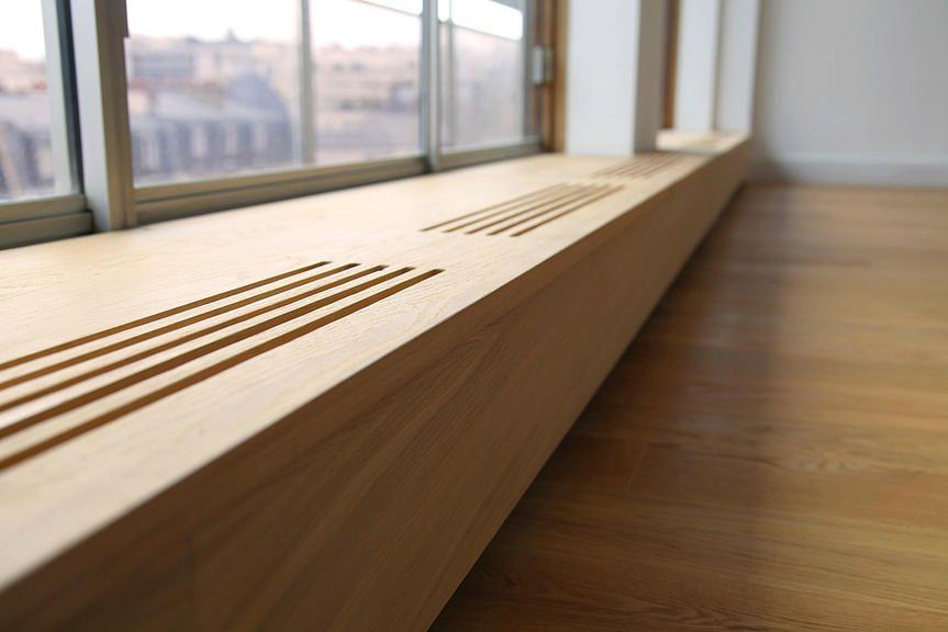 longue banquette en chene le long des fenetres dissimule les radiateurs heater cover. Black Bedroom Furniture Sets. Home Design Ideas