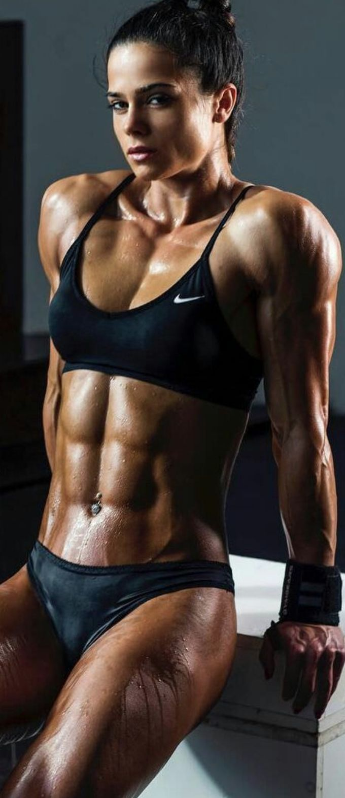 Horny muscle girl massive female bodybuilder ripped strong