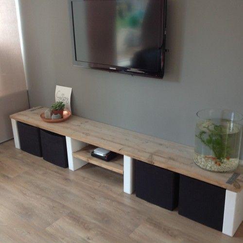Houten tv meubel houten televisie meubel woonkamer tv for Houten meubels woonkamer