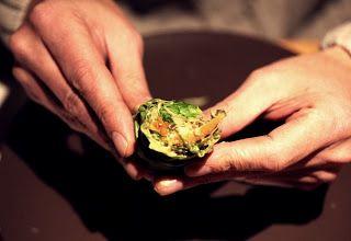 Salatwraps mit orientalischem Papayahoummous