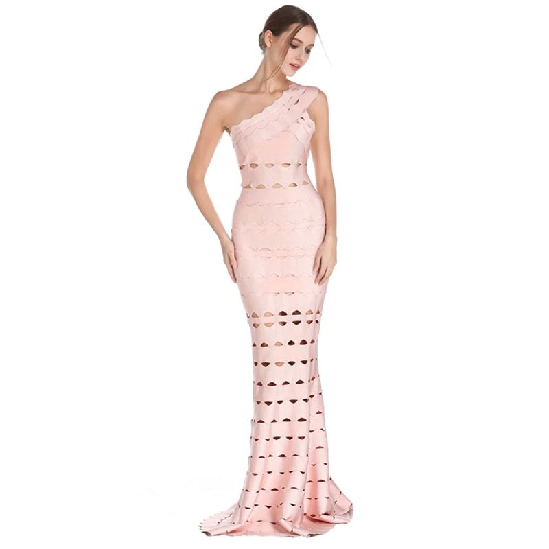 Hollow Out Sexy One Shoulder Celebrity Maxi Dress #blackmaxidress