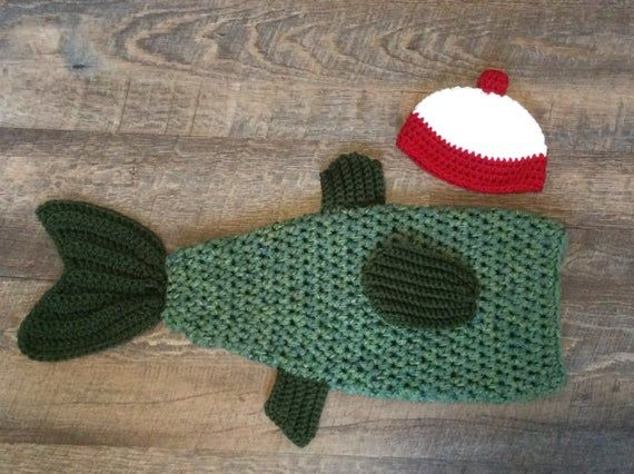 Crochet Bass Newborn Photo Prop/Bass Cocoon and Bobber Hat/Fish Cocoon Set/Infant Halloween Costume/Baby Shower Gift/Large Mouth Bass