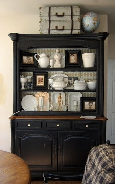 buffet noir et papier peint deco pinterest buffet noir papier peint et peindre. Black Bedroom Furniture Sets. Home Design Ideas