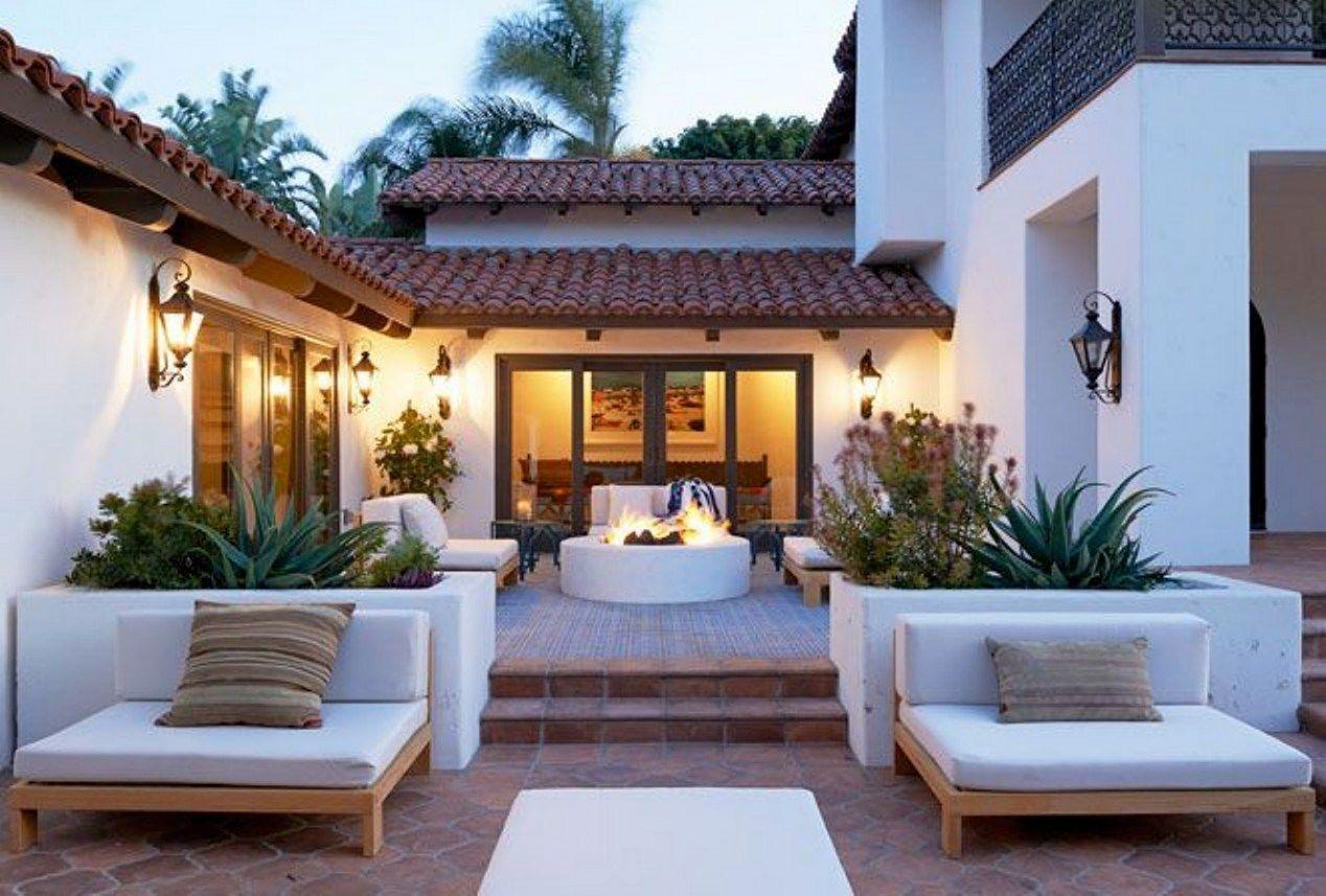 25 Gorgeous Modern Mediterranean Homes Ideas For Cozy Homes Freshouz Com Spanish Style Homes Spanish Style Home Mediterranean Homes