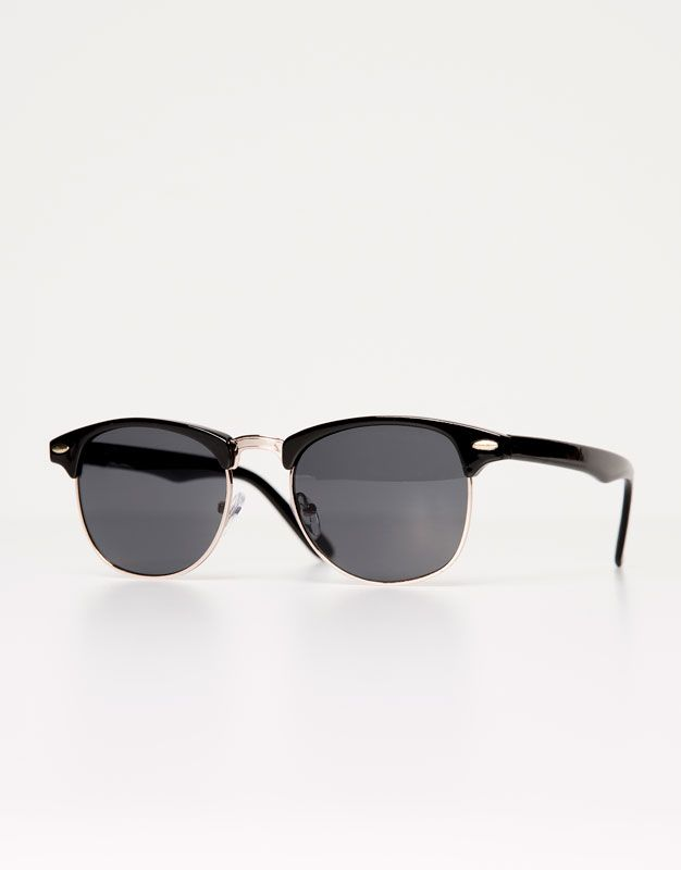 77649ede5a9039 BLACK SUNGLASSES - SUNGLASSES - WOMAN - PULL BEAR Romania