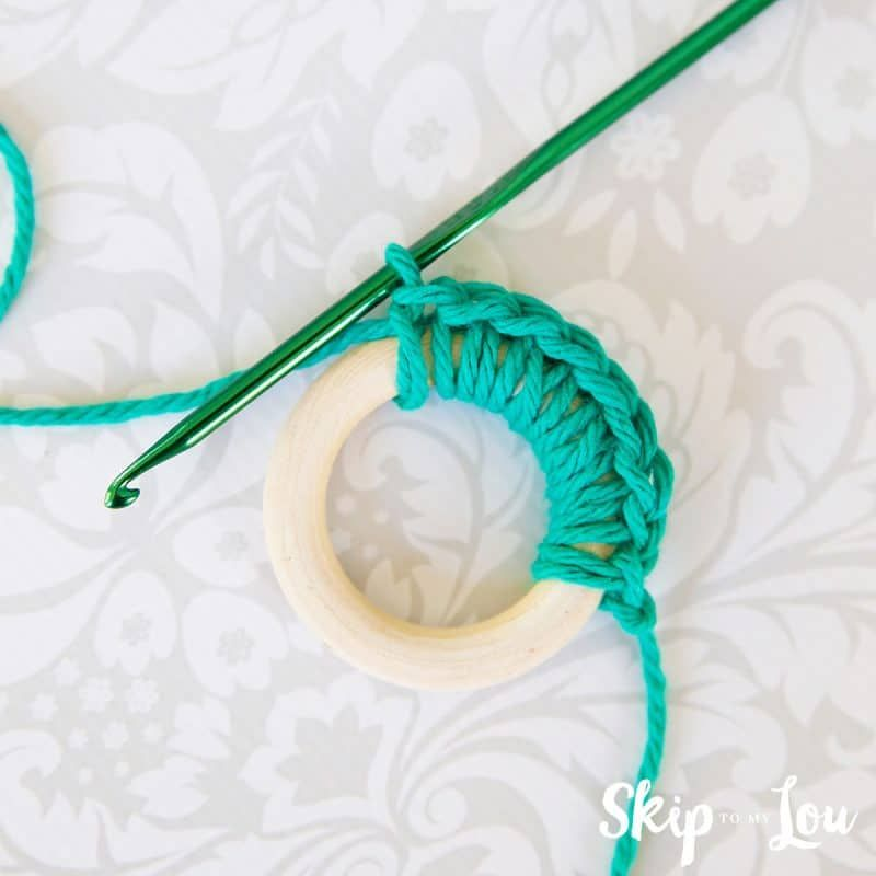 Photo of Easy Crochet Wreath Ornament