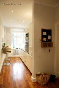 Offene Küche Kleiner Raum diese offene küche mit moderner hochglanzfront nutzt den schmalen