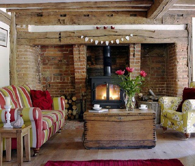 Arredare il salotto in stile country i complementi giusti for Country house arredamento