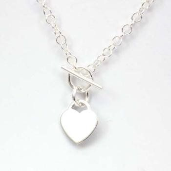 f8c548808fe The Olivia Collection Sterling Silver Heart Necklace with T-Bar Closure:  Jewelry: Amazon.com