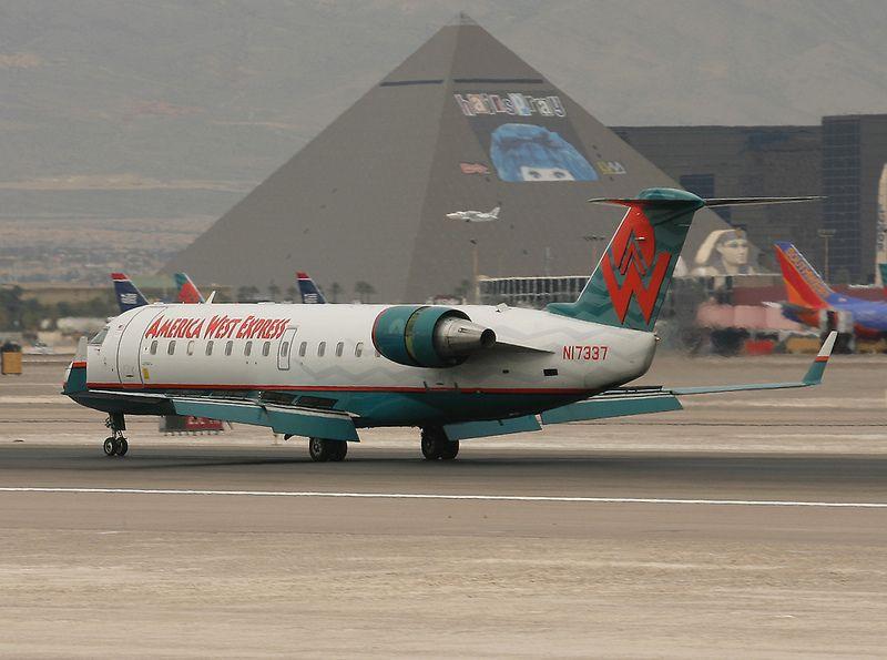 N17337 AMERICA WEST America west airlines, Southwest