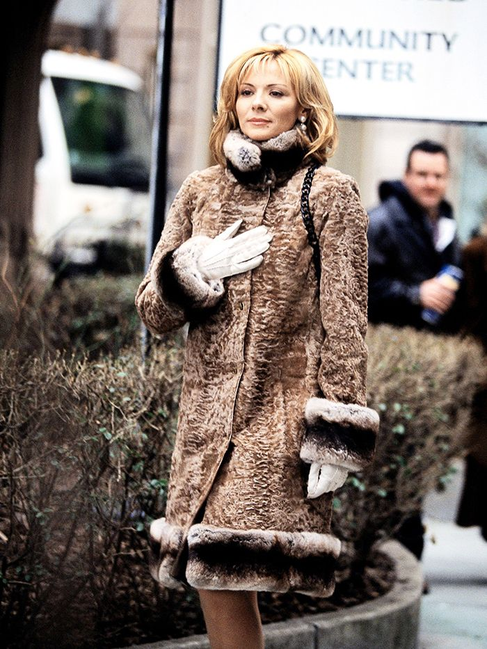 Samantha Jones (Kim Cattrall) in a bold fur coat during Sex and the City