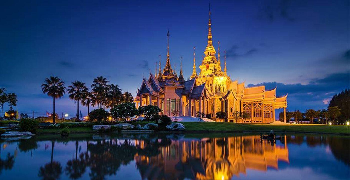 Картинки по запросу фото поезда таиланда внутри