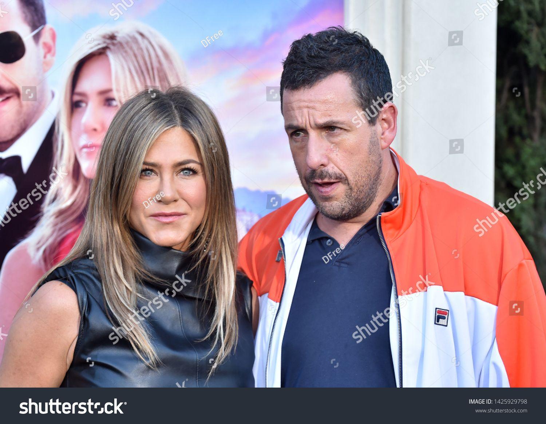 LOS ANGELES JUN 10 Jennifer Aniston and Adam Sandler