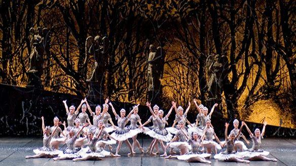 2 Janvier 2010   Opéra Bastille CASSE-NOISETTE Dorothée Gilbert, Karl Paquette Choré R. Noureev d et c N. Georgiadis
