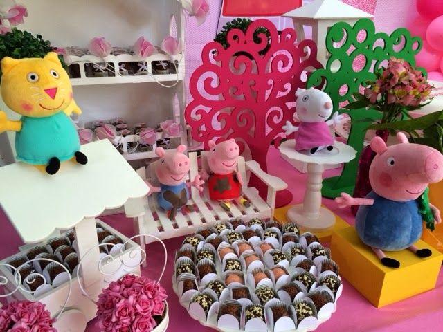 O tema Peppa Pig já se destaca como um dos mais pedidos das festas infantis  de aniversário. Confira dicas de decoração e fotos para se inspirar!