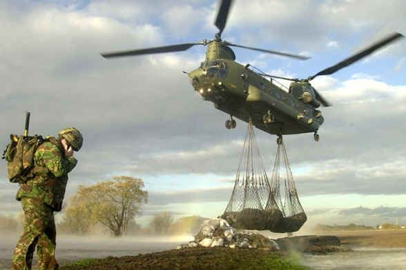 17 Best images about CH47 Chinooks! on Pinterest | The army ... | Military photos. Chinook. Military