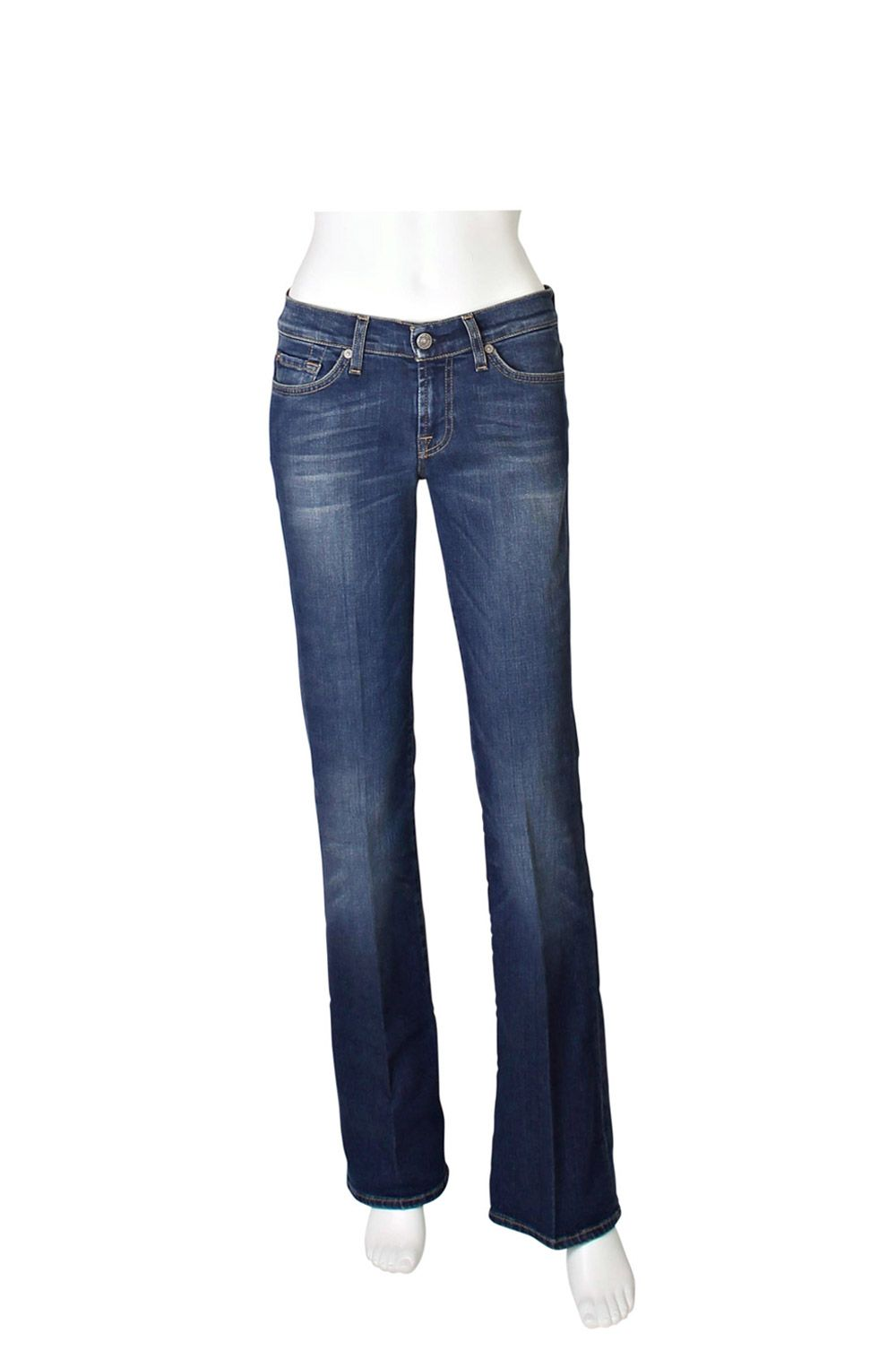 These jeans define premium denim! They are so soft and comfortable to wear, they are extremely flattering as the bootcut shape elongates your leg and flatters the thigh and the colour is a lovely mid blue which goes with everything. Plus they will take you through all seasons, wear chunky knits in winter and light tunic tops in the warmer weather - perfect!