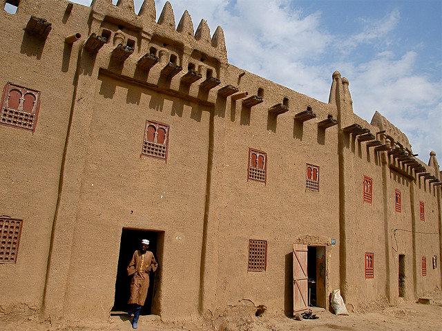 The Magnificent Mud Architecture of Mali - Atlas Obscura