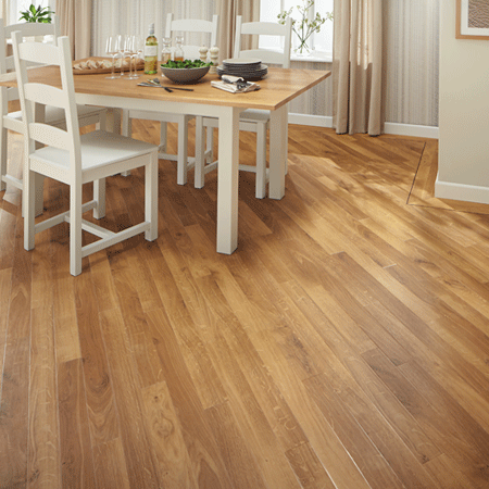 Fresco Light Oak combines a traditional oak grain with