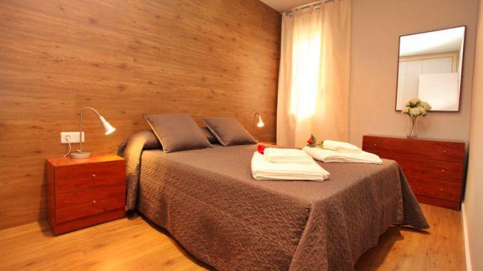 www.worldperfectholidays.com #barcelona #alquilervacacional #holidayrentals -  Apartamento  (4 pax) desde 60€ en centro de Barcelona. Barrio de Gracia