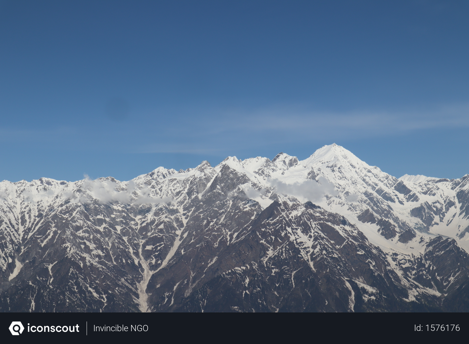 Free Snow Capped Mountain Valley In Himachal Pradesh Photo Download In Png Jpg Format Himachal Pradesh Mountain Valley Photo