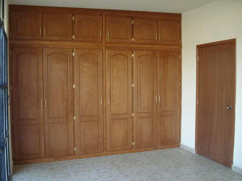 Closet Color Miel