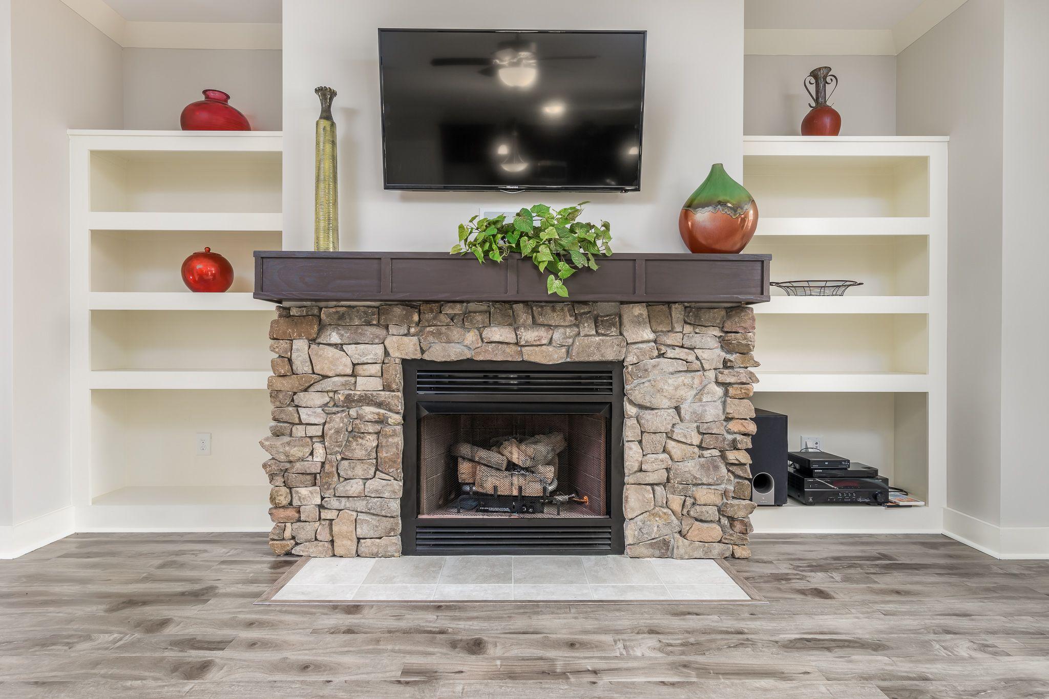 Stone Gas Fireplace Flush Hearth Mls 471873 Legacy
