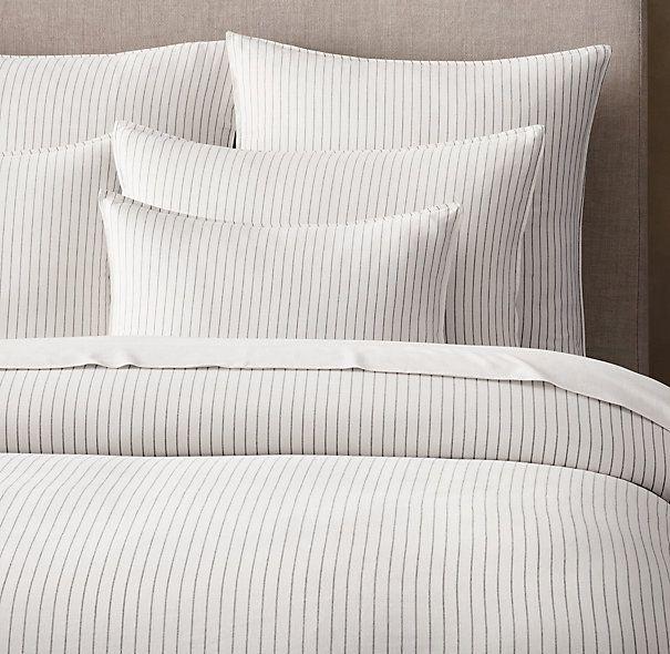 Fixer Upper, S3/E10 ~ Pinstripe Duvet Cover in master bedroom #fixeruppr #fixerupperstyle
