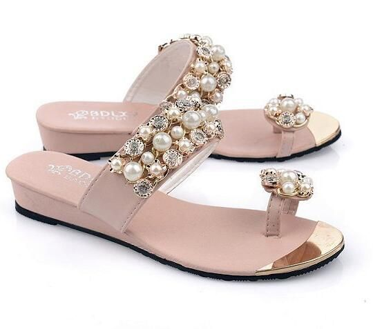2e6e0568ade42 Encontrar Más Sandalias de las mujeres Información acerca de 2016 la venta  Caliente nuevas Mujeres del verano zapatos de mujer de moda de lujo  rhinestone ...