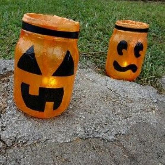 Mason Jar Jack-O-Lanterns #kidswoodcrafts in 2020 (With ...