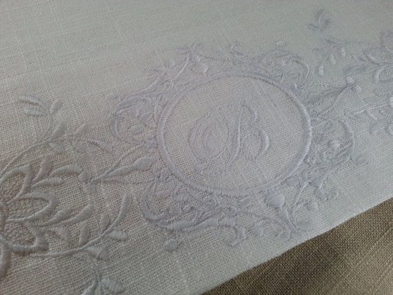 Add Embroidery to Pillow case hem from my shop por MarcelleLinens