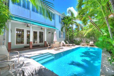 Tropical Luxury Vacation Rental in Midtown Key West #keywest #floridakeysrealtor #keywestluxury
