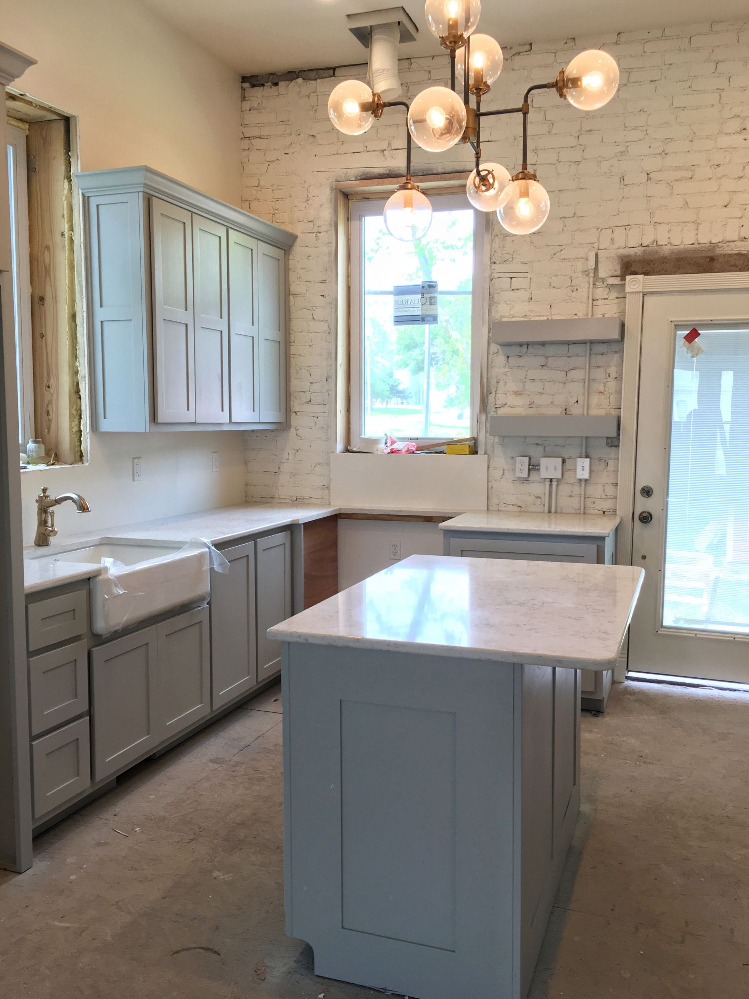 Cabinets Amp Countertops Neutral Territory Grey Kitchen