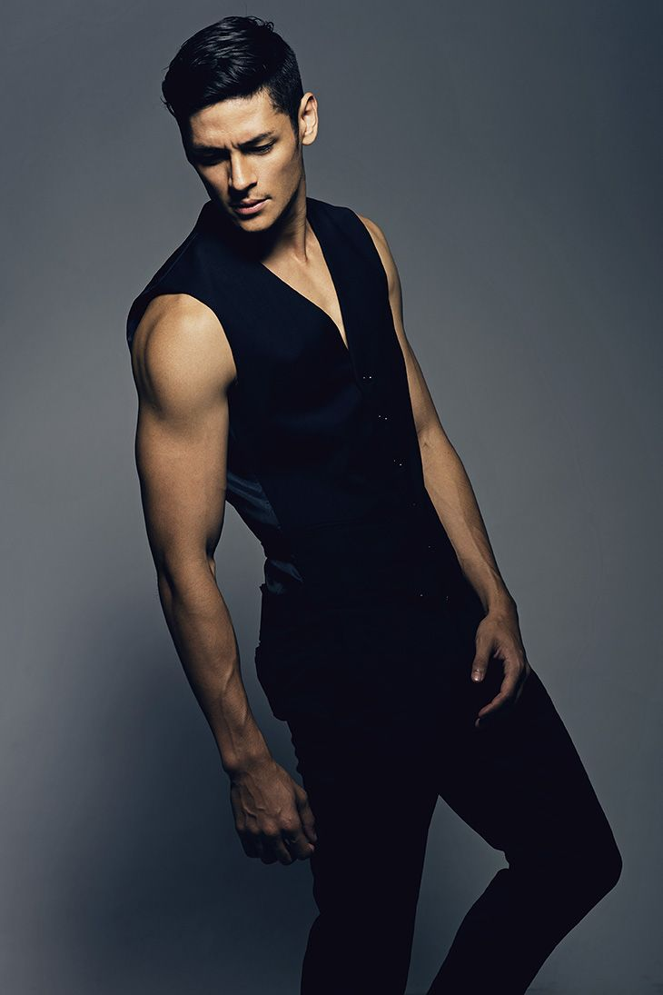 фото моделей мужчин гимнастов девушка