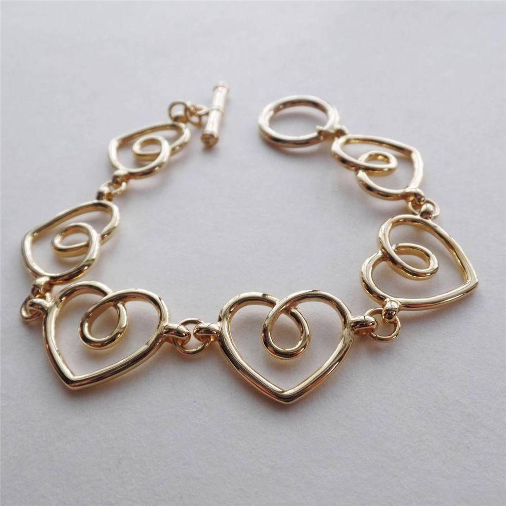 Delicate elegant love heart gold link bracelet toggle closure