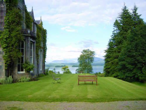 Gorgeous Loch Side Ardanaiseig Wedding Venue Scotland