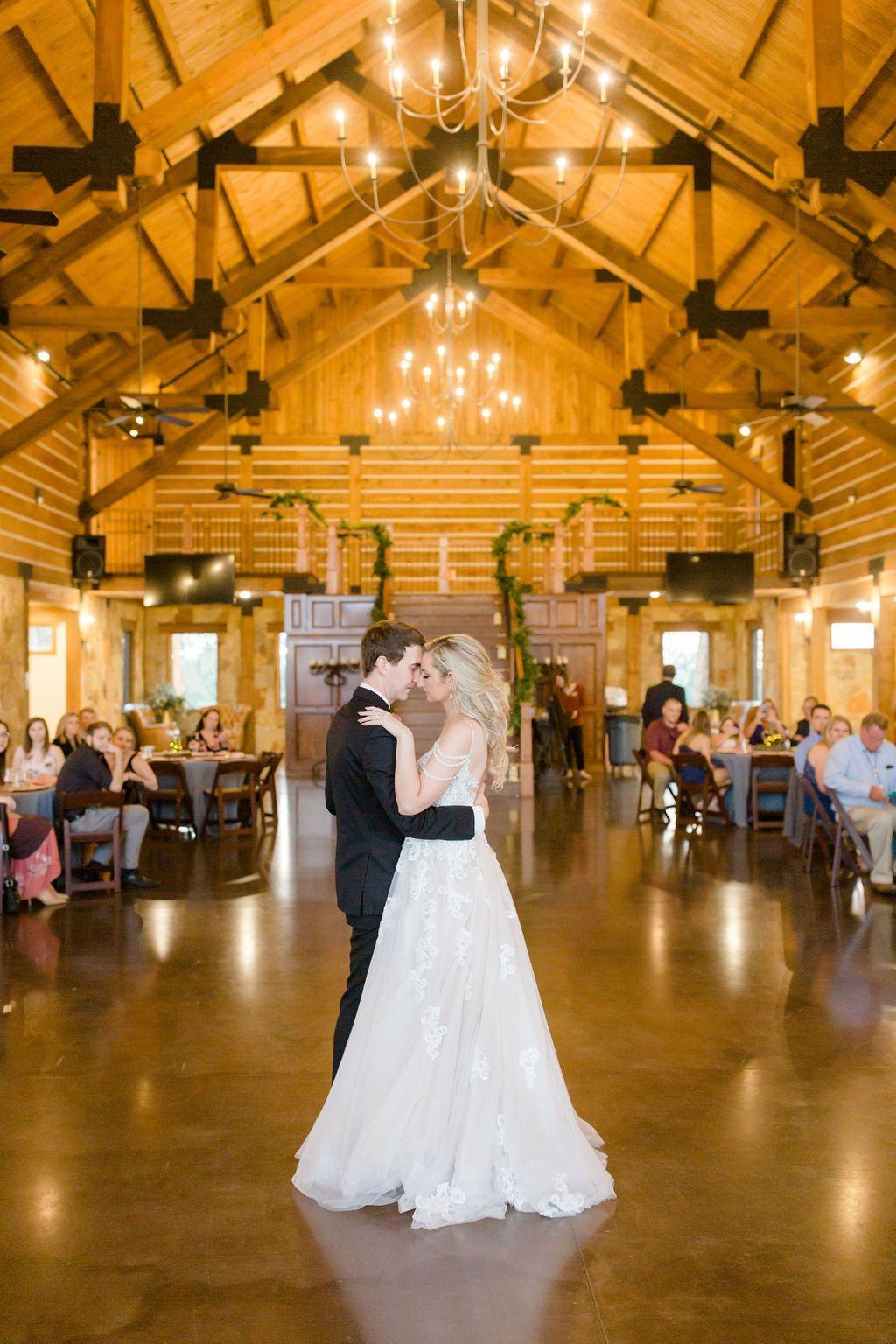 Lodge Wedding Venue in Denton Texas in 2020 Barn wedding