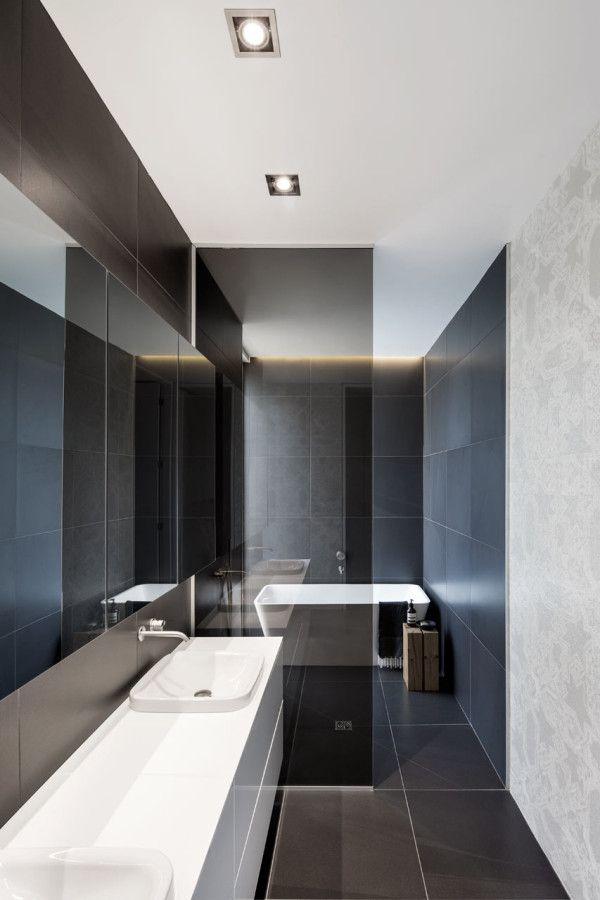 A Montréal House with a Flipped Floor Plan | Pinterest - Badkamers ...