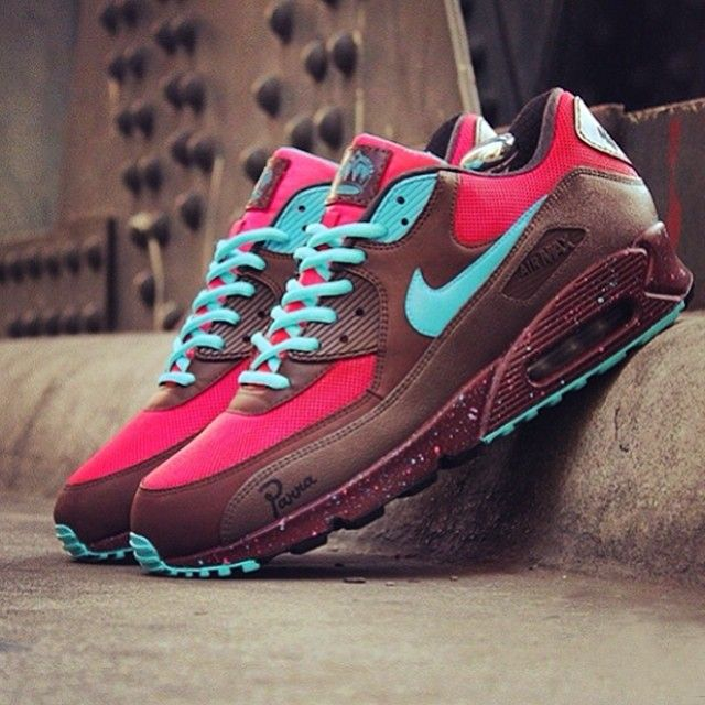 buy online 22a67 f5ecc Heres an awesome pair by jwdanklefs. These Air Max 90